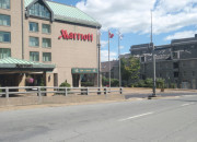 Marriott Harbourfront Hotel